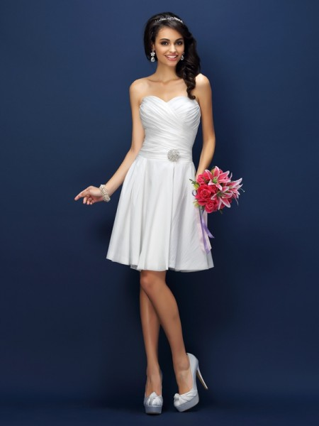 A-Line/Princess Sweetheart Pleats Short Taffeta Bridesmaid Dress