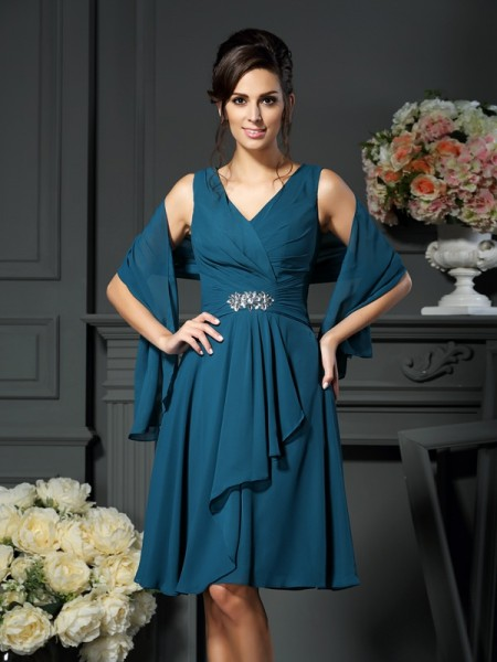 A-Line/Princess V-neck Beading Short Chiffon Mother of the Bride Dress