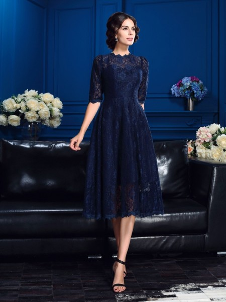 A-Line/Princess Jewel Lace 1/2 Sleeves Short Lace Mother of the Bride Dress