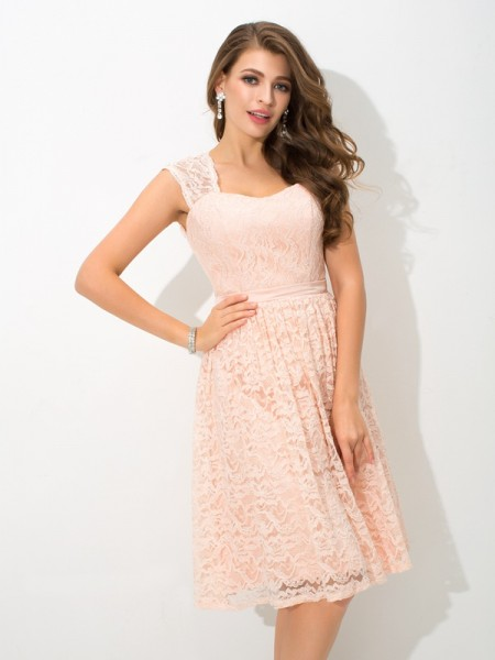 A-Line/Princess Straps Lace Short Lace Bridesmaid Dress