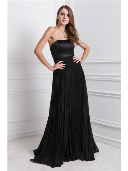 A-Line/Princess Strapless Ruffles Chiffon Bridesmaid Dress