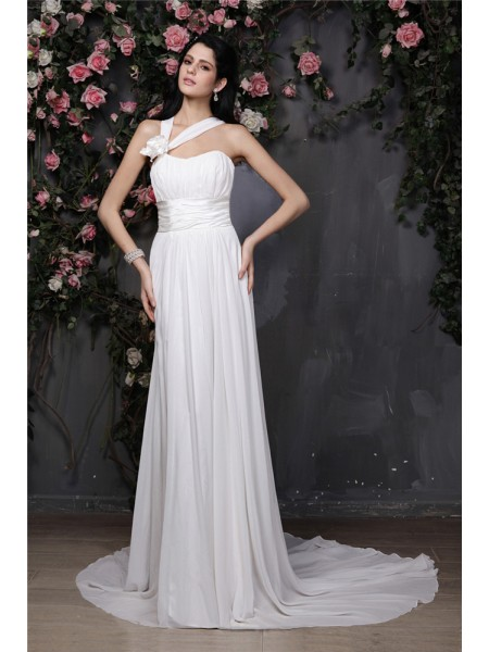 Sheath/Column Halter Pleats Chiffon Wedding Dress