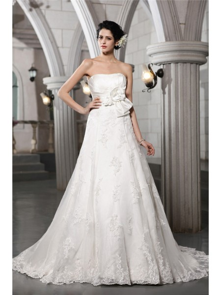 A-Line/Princess Strapless Applique Long Satin Wedding Dress