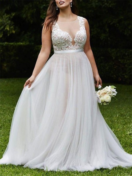 A-Line/Princess Scoop Court Train Sleeveless Lace Tulle Wedding Dress