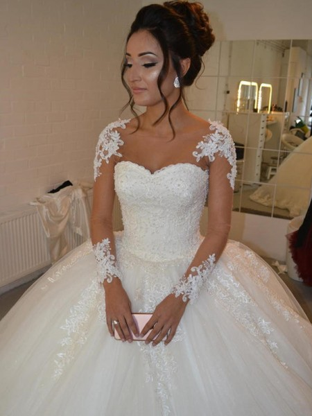 Ball Gown Tulle Long Sleeves Scoop Court Train Wedding Dress