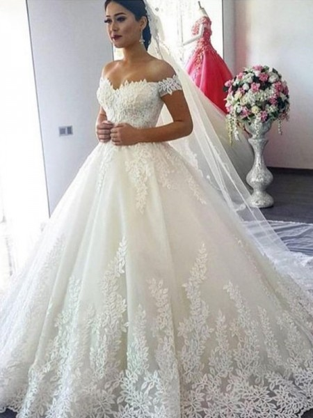 Ball Gown Sleeveless Lace Off-the-Shoulder Tulle Sweep/Brush Train Wedding Dresses