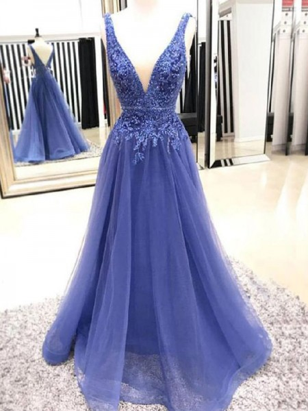 A-Line/Princess Sleeveless Applique V-neck Tulle Floor-Length Dresses